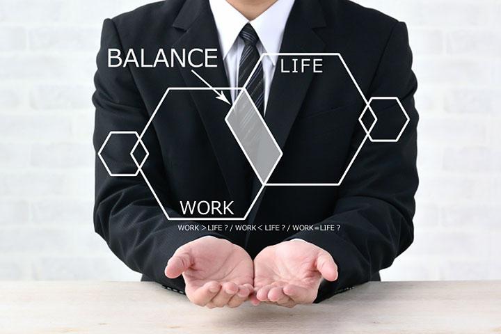 「努力義務」の意味とは?対応や罰則、義務や配慮義務との違いを解説
