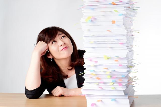 【社労士監修】ペーパーレスとは?課題やメリット・デメリット、実現方法をご紹介!